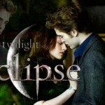 Eclipse set a new record for biggest midnight opening in the United States and Canada in box office history, grossing an estimated $30 million in over 4,000 theaters. The record was formerly held by the previous film, The Twilight Saga: New Moon, with $26.3 million in 3,514 theaters.
