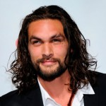 On November 15, 2008, Jason Momoa was attacked with a broken beer glass in Hollywood. Momoa received around 140 stitches during reconstructive surgery.